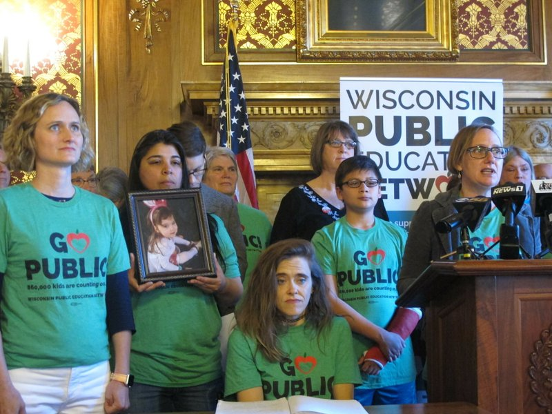 Budget panel approves $500M more for Wisconsin schools