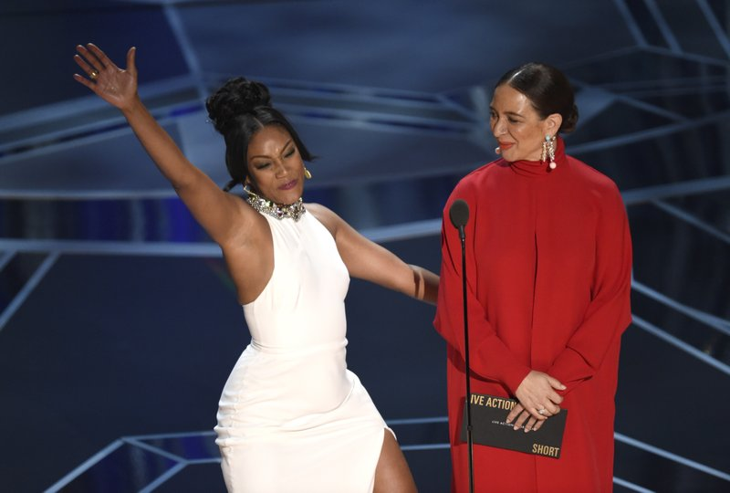 Tiffany Haddish, Maya Rudolph