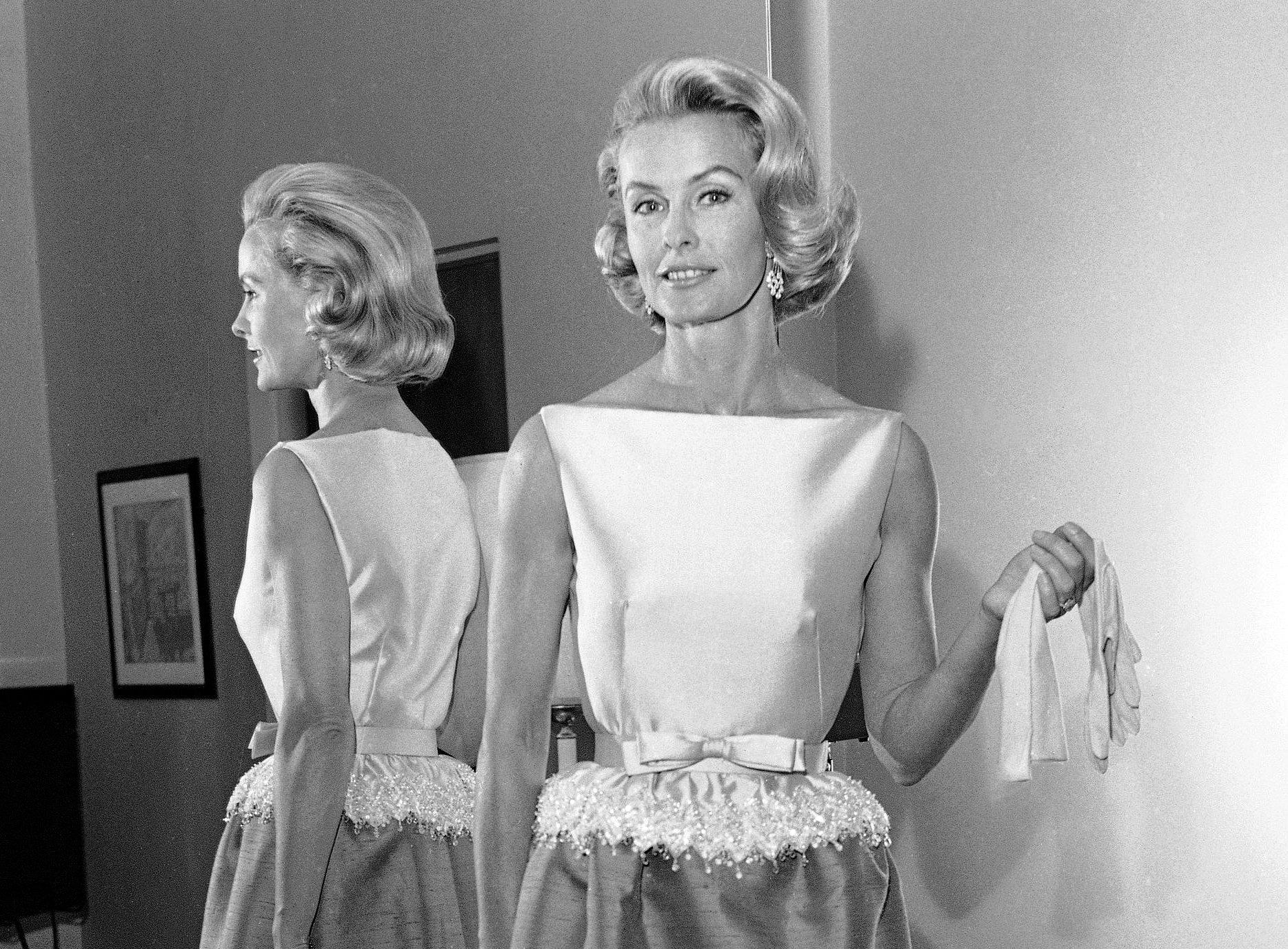 Dina Merrill, heiress and actress