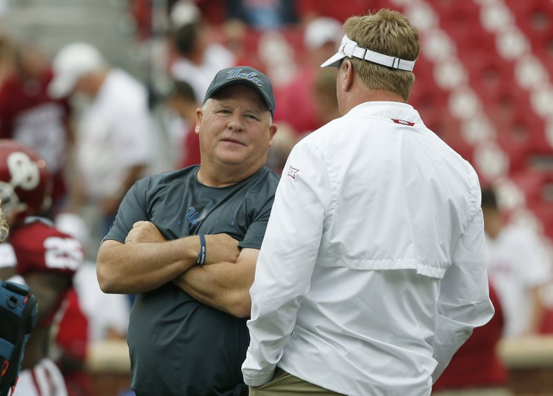 Chip Kelly, Mike Stoops