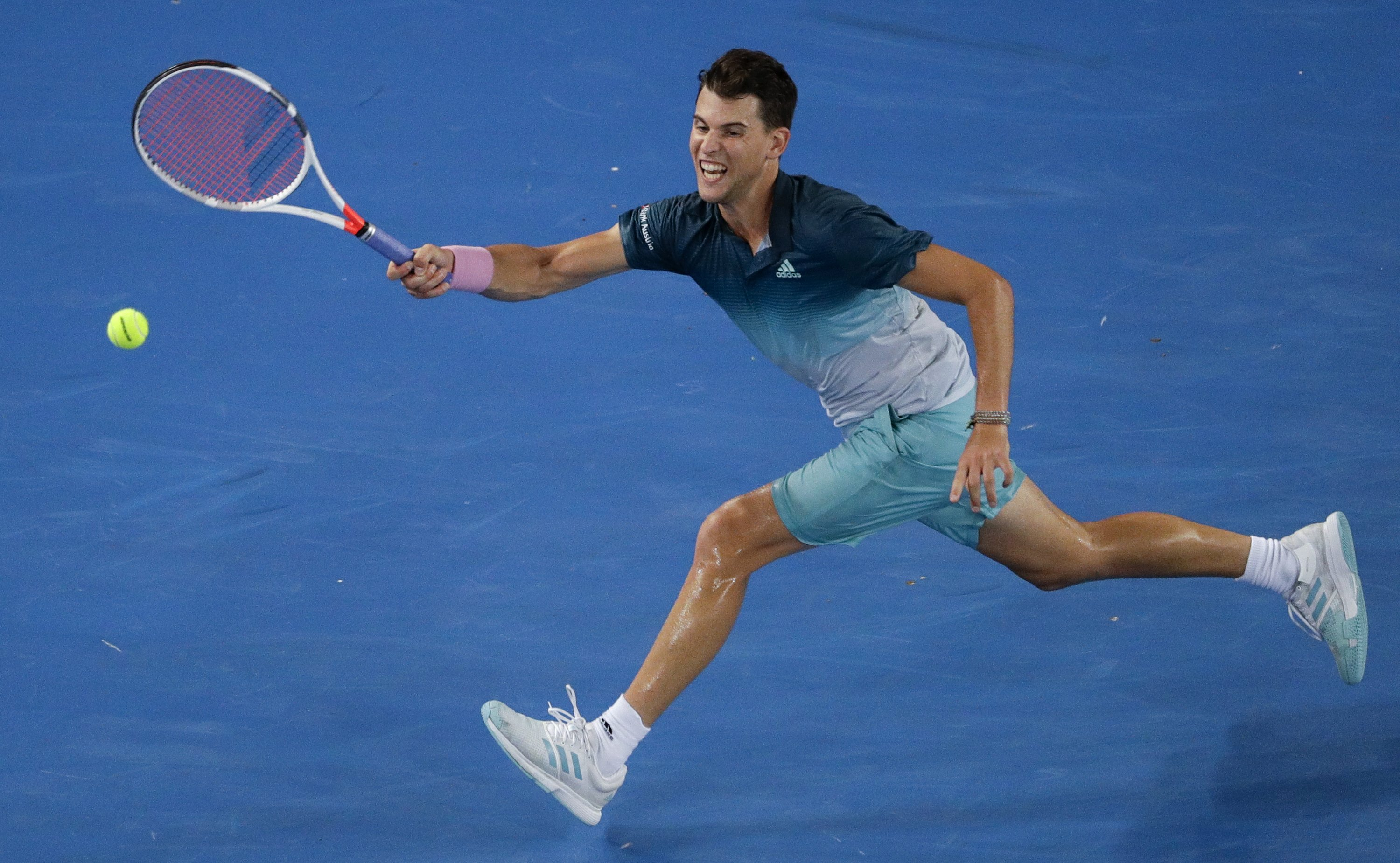 The Latest Thiem Fends Off Paire In 5 At Australian Open