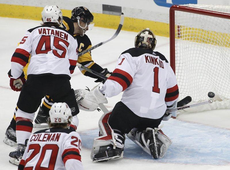 Sidney Crosby, Keith Kinkaid, Sami Vatanen