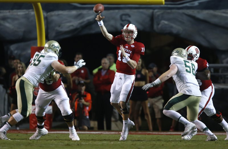 Finley Starts At Qb Nc State Beats William Mary 48 14