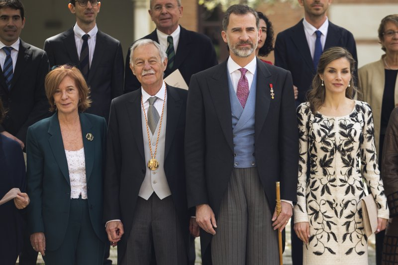 Eduardo Mendoza, King Felipe, Queen Letizia, Ana Soler