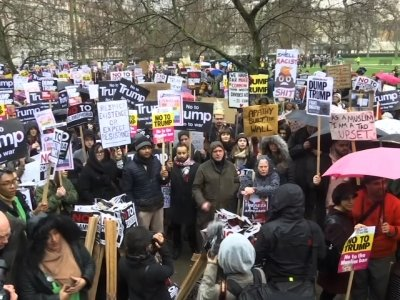 Raw: UK Protest Against US Ban on Refugees