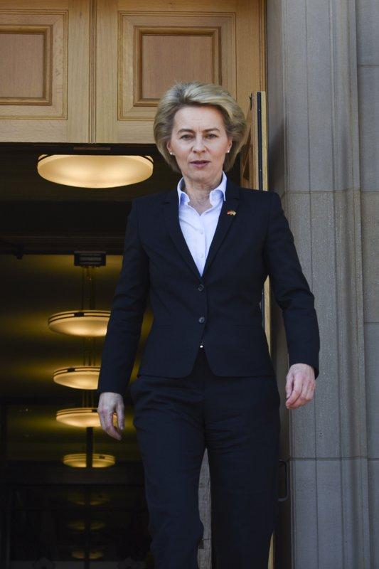 Jim Mattis, Ursula von der Leyen