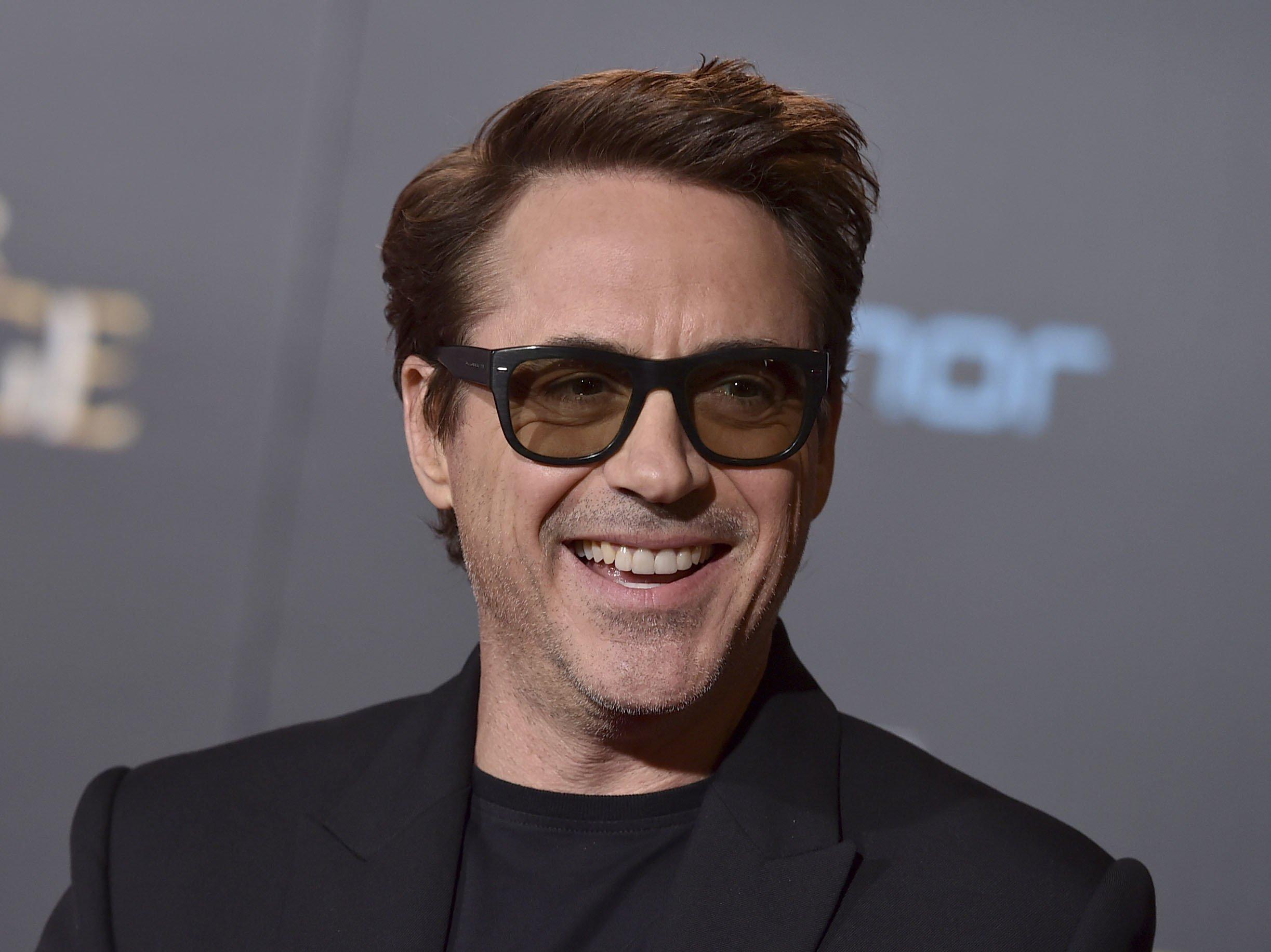 Downey Jr., Linklater to make film based on podcast