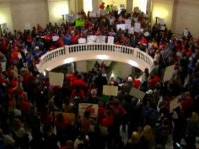 Oklahoma Teachers Demand Funding for 2nd Day