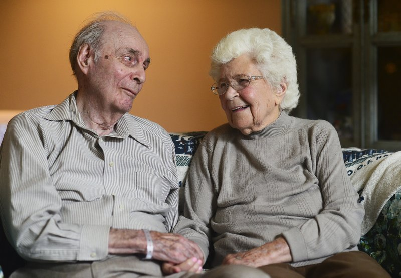 100-year-old couple Ralph and Mary Veon