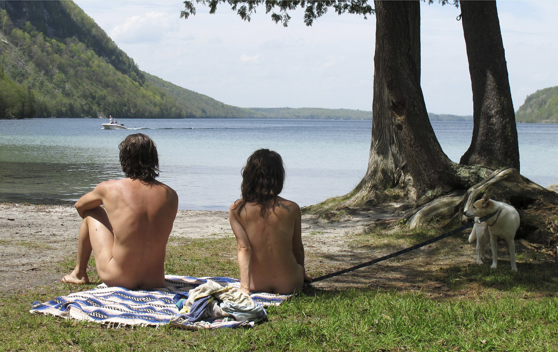 Lake travis hippie hollow austin tx