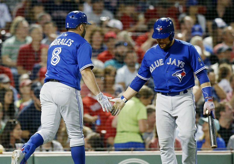 Kendrys Morales, Russell Martin