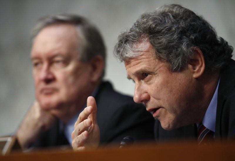 Michael Crapo, Sherrod Brown