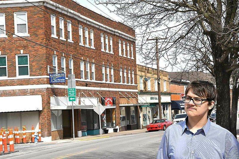 West Virginia teen jumps into politics with city council run