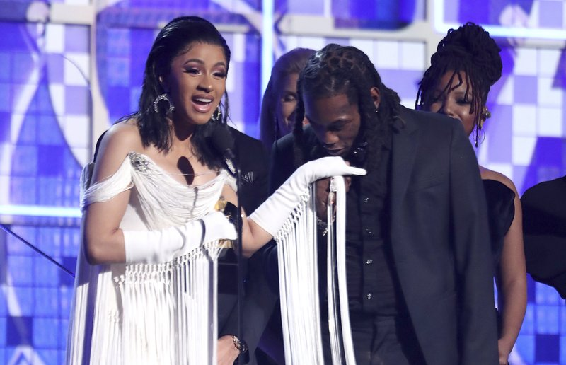 Will Cardi B Under Fire For Foul Past Get Past The Moment