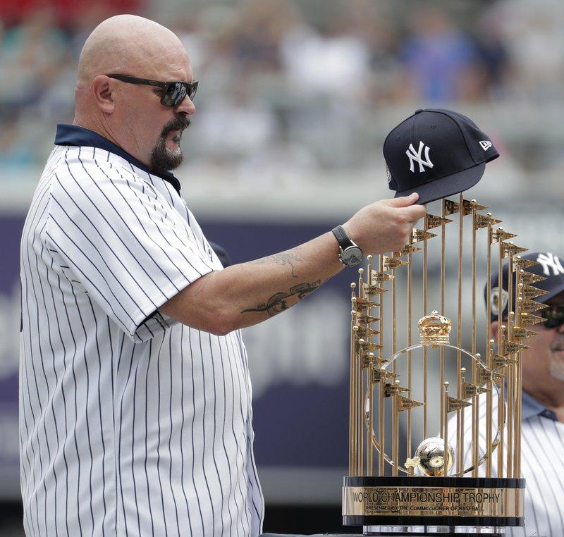 389ca227745 Yankees celebrate 1998 World Series championship team