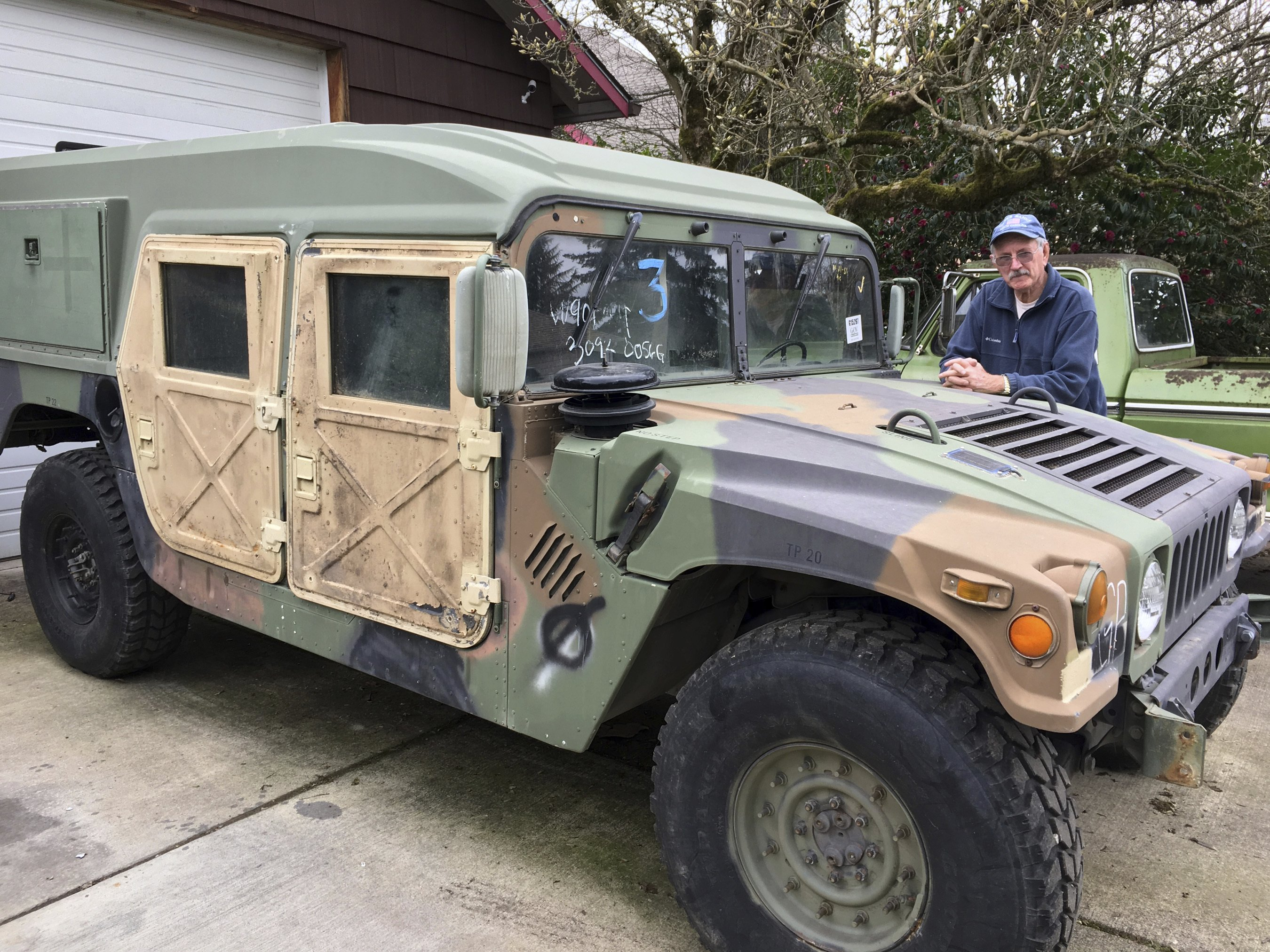 Oregon drivers may share roads with military surplus Humvees   hummer surplus