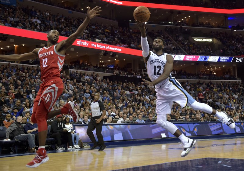 Tyreke Evans, Luc Mbah a Moute
