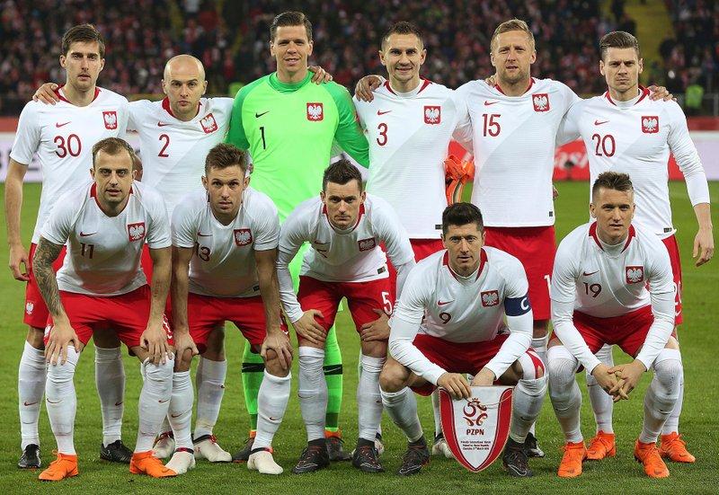 0e27b3e509e WORLD CUP  Scoring machine Lewandowski powers Poland revival