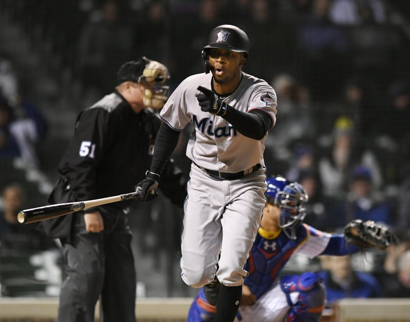 cheap for discount 37417 2f1da Cubs bullpen goes wild, Marlins rally in 9th to win 6-5