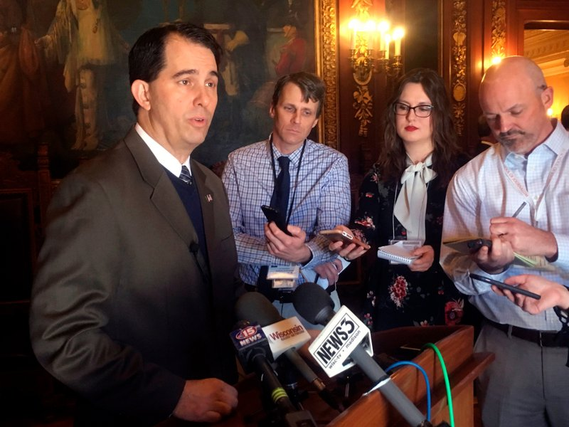 Crazy Of Republicans To Accuse >> Walker Accuses Wisconsin Democrats Of Anger And Hatred