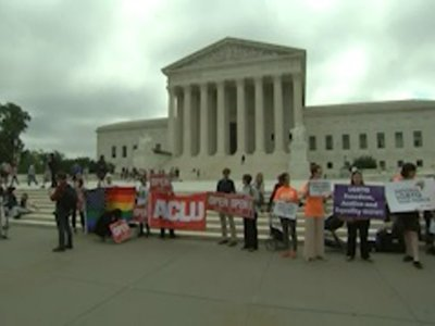 Justices Rule for Baker in Same-Sex Wedding Case