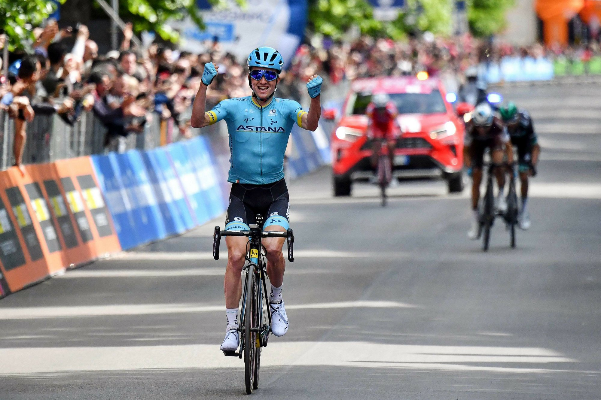 Bilbao wins Stage 7; Conti keeps pink jersey in Giro