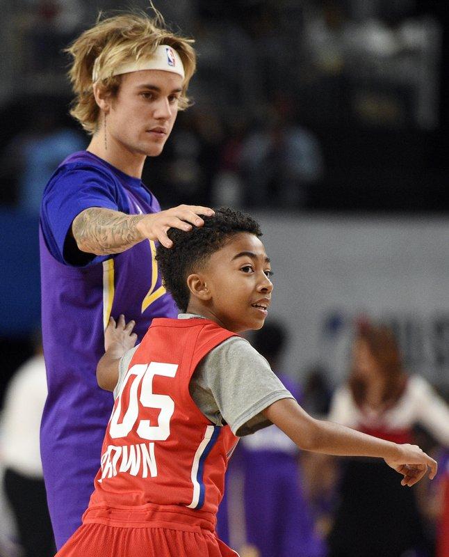 Justin Bieber, Miles Brown