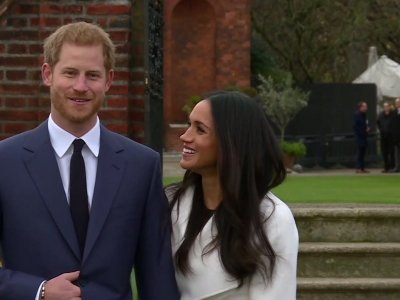 Harry, Markle meet press following engagement