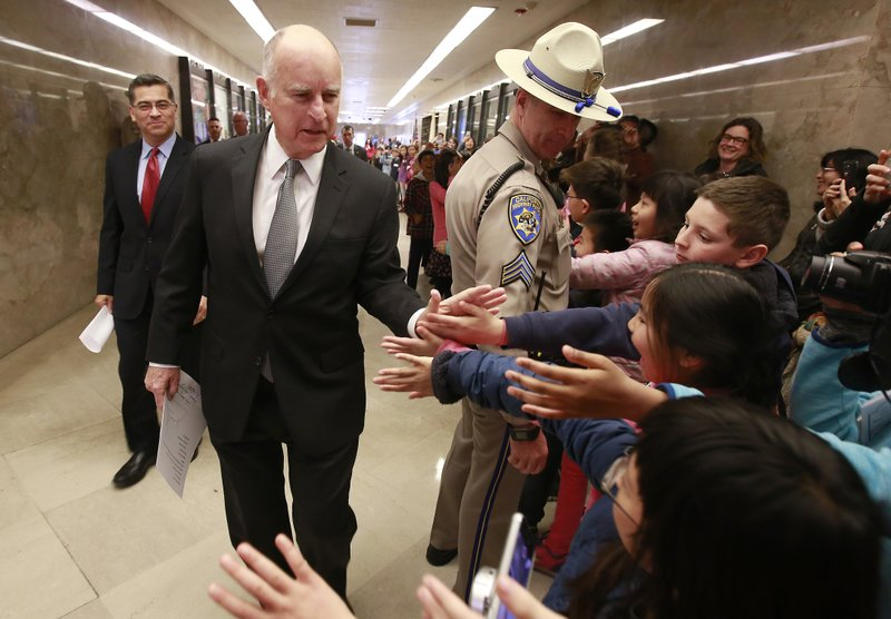 Jerry Brown, Xavier Becerra