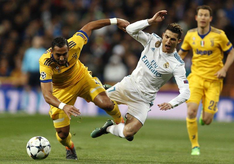Cristiano Ronaldo,Medhi Benatia