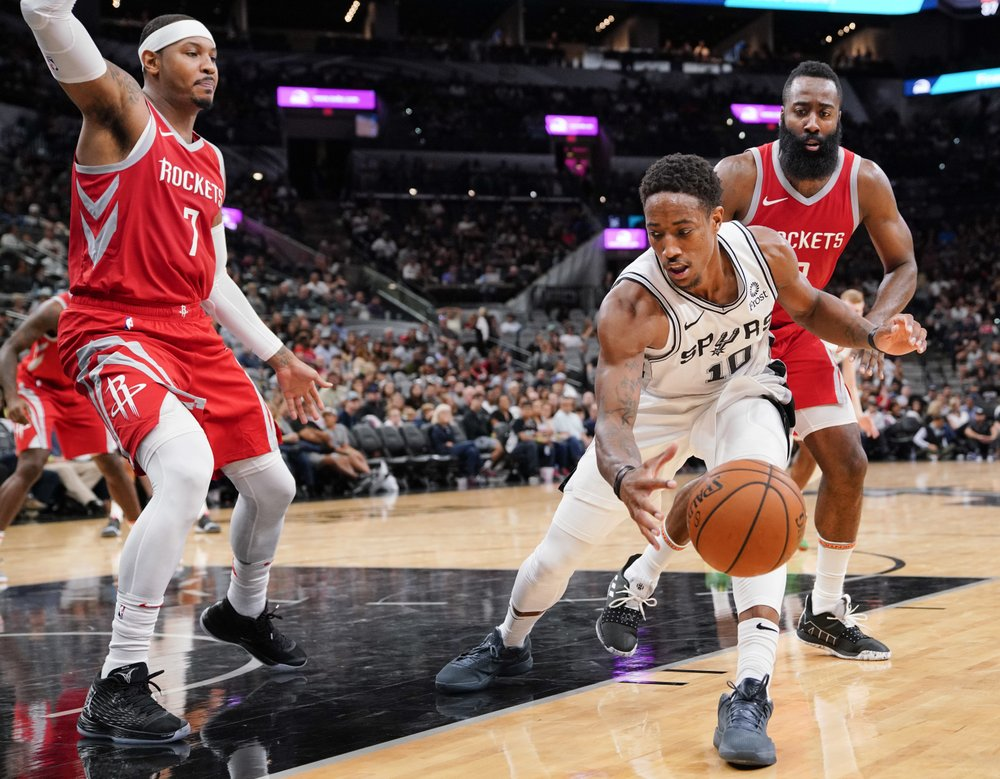 edc4f134a The San Antonio Spurs have more injury concerns with a little more than a  week remaining until the regular season.