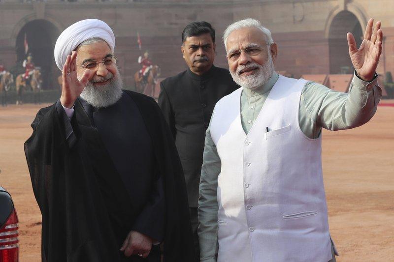 Hassan Rouhani, Narendra Modi