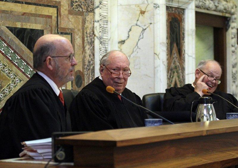 Michael Daly Hawkins, Stephen R. Reinhardt, N. Randy Smith