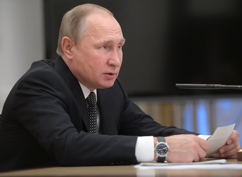 Glencore, Qatari fund buy 19 5 percent in Russia's Rosneft