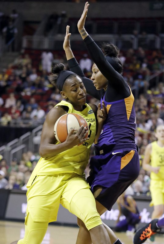 Jewell Loyd, Briann January