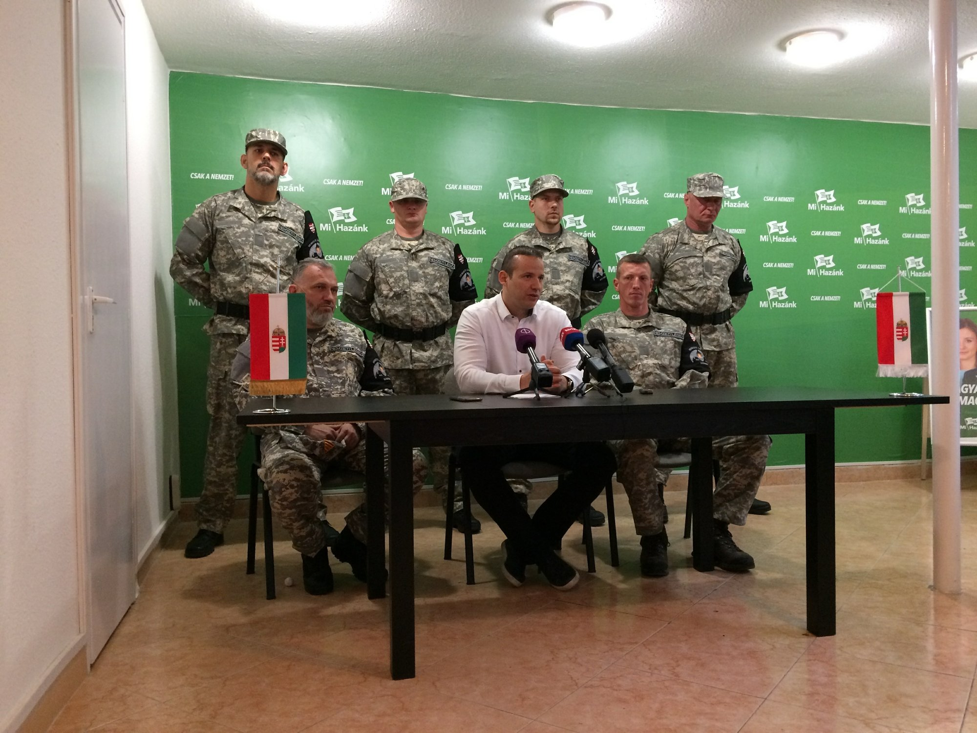 Hungary far-right party forms uniformed 'self-defense' group