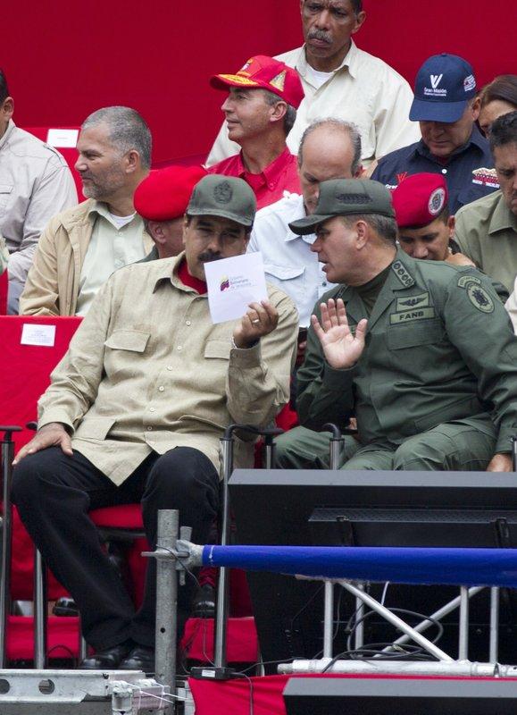 Nicolas Maduro, Padrino Lopez