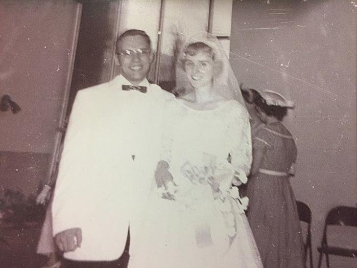 Cochrans celebrate 60th wedding anniversary