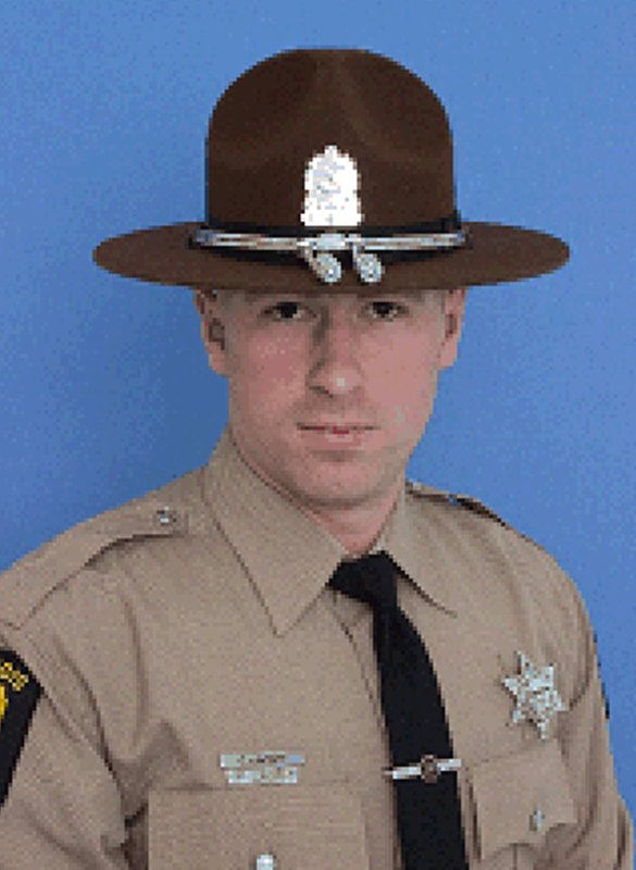 Mourners remember Illinois trooper killed during snowstorm