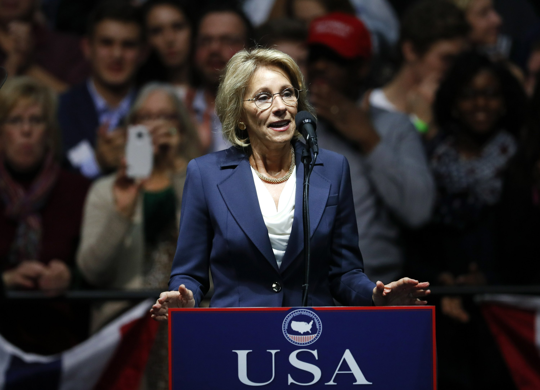 DeVos likely to push school choice as education secretary