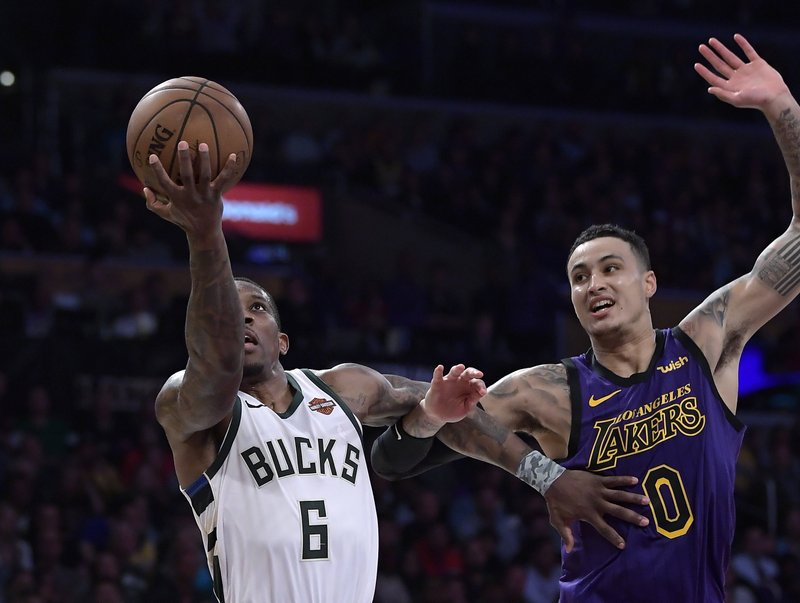 0d20e647e Bucks outlast Lakers 131-120 for 8th straight win