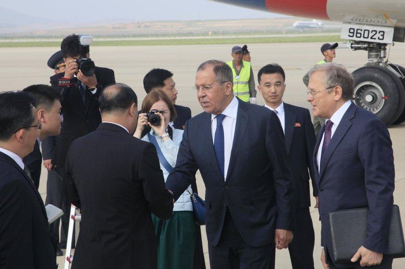 Sin Hong Chol, Sergey Lavrov