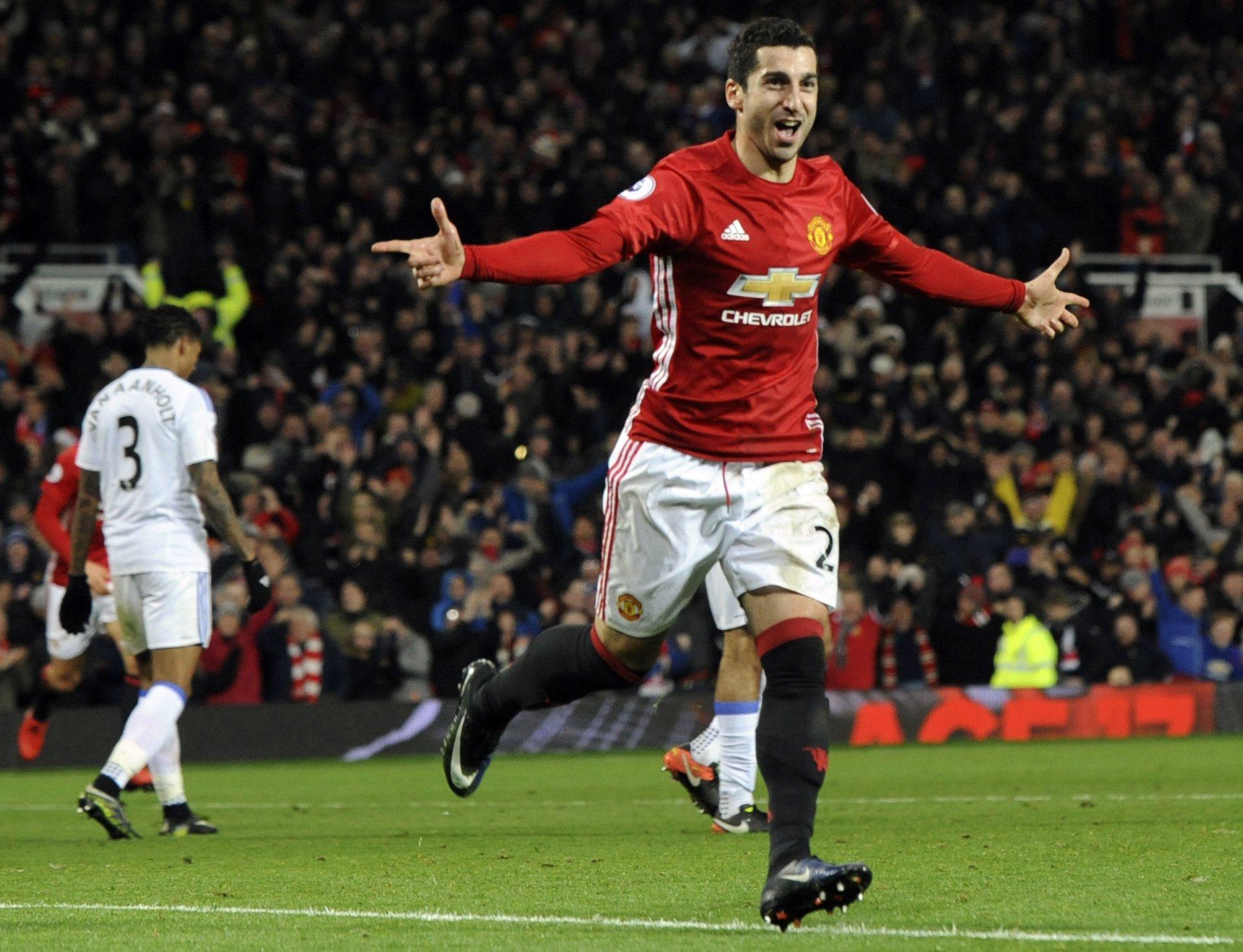 Mkhitaryan scores stunning goal as United beats Sunderland