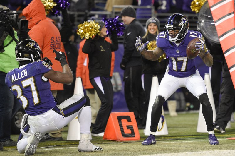 Mike Wallace, Javorius Allen