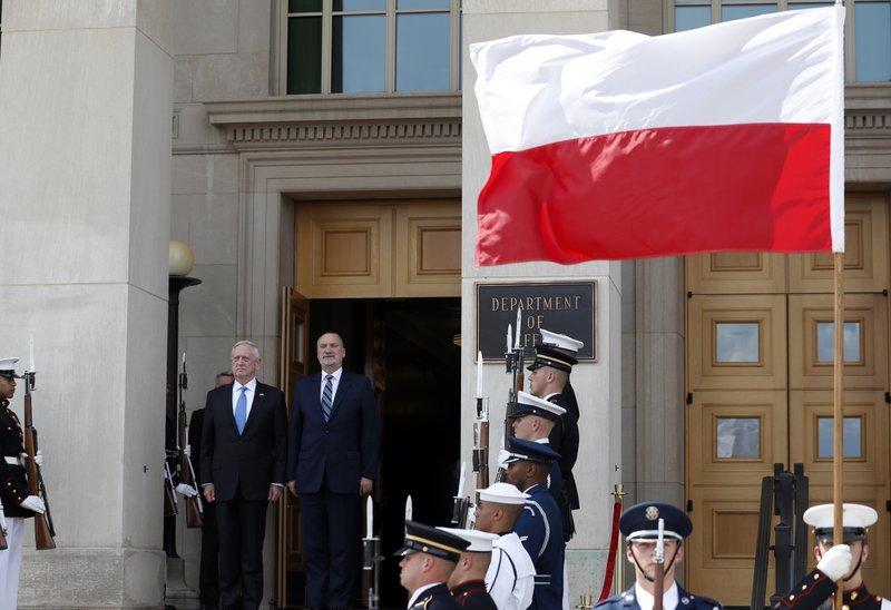 Jim Mattis, Antoni Macierewicz