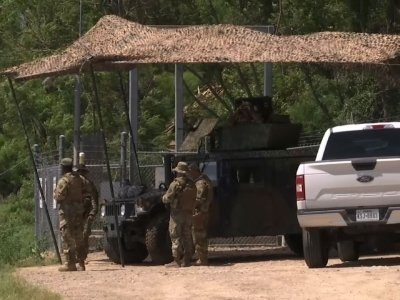 Nat'l Guard Starts Arriving at Mexico Border