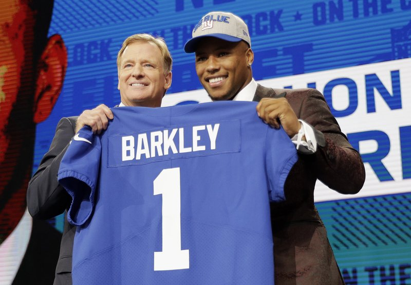 more photos 26a90 5ff7e Giants pass on QB, take running back Saquon Barkley at No. 2
