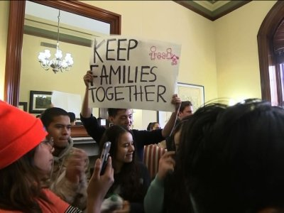DACA Protesters Demand Sen. Kaine's Support