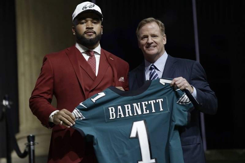 the latest 6e13e 217f3 Eagles draft defensive end Derek Barnett from Tennessee