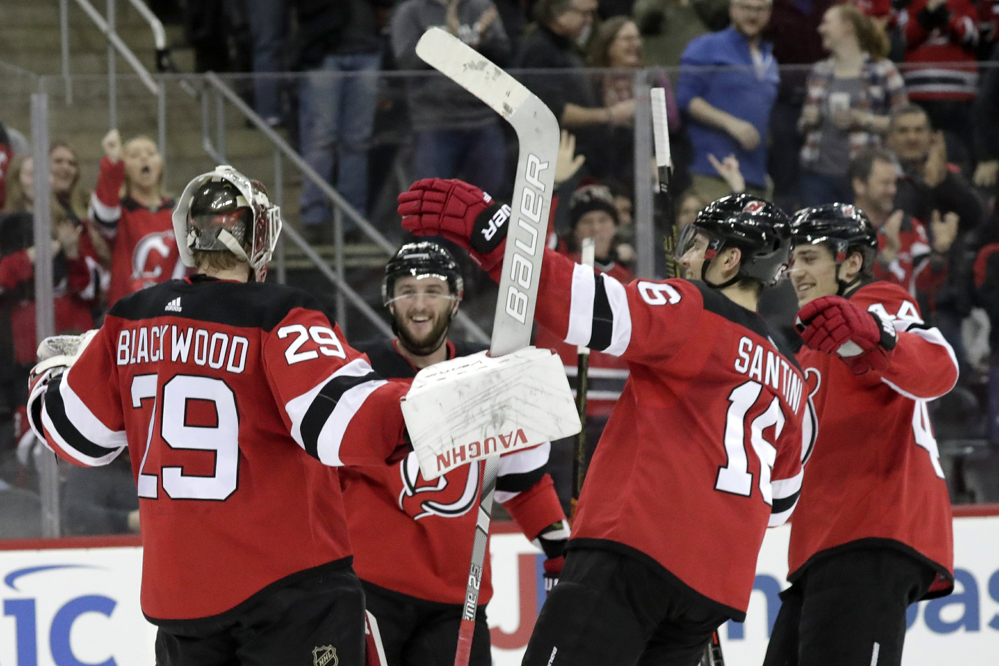 Devils win in shootout for Arizona's 4th straight loss